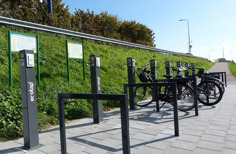 E Bikes On Charge Station