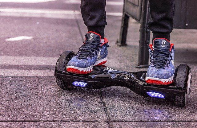 How Fast Does a Razor Hoverboard Go