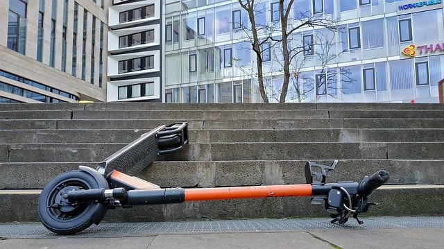 How to Fix a Razor Electric Scooter